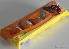 """""""Lindt Cognac Eier - Cognac Eggs"""" are fiery cognac egges in fine dark chocolate.Contains Alcohol: Milka Chocolate, Easter Chocolate, Easter Candy, Easter Eggs, New Recipes, Vegan Recipes, Mixed Drinks, Oreo, Alcohol"""