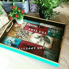 Tray Decor, Vintage Wood, Diy Crafts To Sell, Painted Furniture, Instagram Posts, Trays, Things To Sell, Formulas, Cabaret