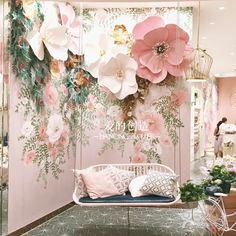 爱的创造纸艺花商场橱窗店铺装饰背景墙大型...@ლ小月月采集到婚礼布置—浪漫粉紫(251图)_花瓣
