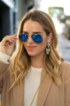 #rayban More Hair Makeup Glamorous* Jewelry Accessories* Details Jewellery Etc* Mode Hair Makeup* Sunglasses Rayban sunglasses #rayban