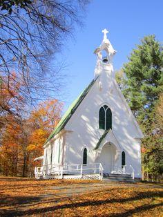 ۩ ♥••●´¨`●•▣☆• ♰                                  Country church, VT