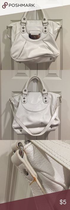Jennifer Lopez White Purse This purse has wear on it. See the pictures. There are handles and a shoulder strap. Inside looks good though. Still very white just has some spots. Jennifer Lopez Bags Satchels