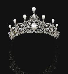 Property of a nobleman. Natural pearl and diamond tiara, late 19th century.