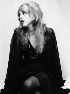 Stevie Nicks of Fleetwood Mac during the recording of the eponymous album 'Fleetwood Mac'. Source by carlasdust Related Posts:Stevie Nicks posesStevie Nicks posesStevie Nicks posesstevie nicks - don't be a lady, be a legend… Thats 70 Show, Stephanie Lynn, Lindsey Buckingham, Buckingham Nicks, Stevie Nicks Fleetwood Mac, Stevie Nicks Witch, Stevie Nicks Costume, Stevie Nicks Young, Lou Doillon