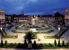 Jardin ephémère Place Stanislas Nancy Nancy Lorraine, Alsace Lorraine, Nancy France, Ville France, Sorbier, Eurotrip, Travel Abroad, Monuments, Amazing Places