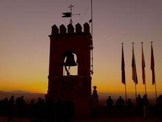 Atardecer en Granada / Sunset over Granada, by @GranadaINmovil