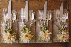 Set of 4 burlap silverware holders with beautiful creams, greens & hint of peach silk leaves & flowers. The perfect accent for any event. Country/Rustic/Beach weddings, engagement parties, outdoor/indoor dining party, tea party, french country events, housewarming, birthdays, Christmas & holiday gifts etc... - Edges frayed on purpose for nice edging effect. - All edges sewn to prevent further fraying. - Burlap material weave is irregular thus uniform edges cannot be exact. - Measures 4 x...