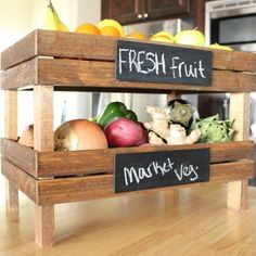 15 DIY Home Improvement Projects. Love those fruit and veg crates! Home Improvement Projects, Home Projects, Projects To Try, Do It Yourself Furniture, Diy Furniture, Furniture Projects, System Furniture, Furniture Market, Recycled Furniture