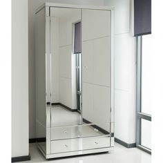 A Brand New Addition To Our Range Of Venetian Mirrored Furniture, Comes  This The Delightful