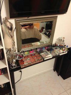 <3!! the ultimate- DIY vanity
