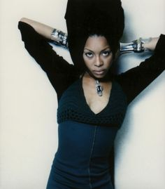 "Erykah Badu....""it's not always betwixxx the thighs.  Sometimes it's between the ears"""