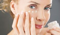 5 Eye Creams and Serums for Dark Circles and Wrinkles Beauty Bar, Hair Beauty, Face Care, Skin Care, Anti Aging Tips, Skin Tips, Natural Medicine, Dark Circles, Beauty Trends