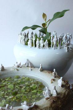 People on vase  #TravelDazzle #Handicrafts