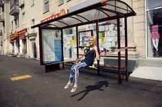 Why sit and wait for the bus when you can swing! This setup in Moscow is just one LQC example of transforming a bus stop's captive audience into Placemaking participants. #Placemaking #LQC #Transit