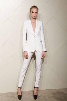 Cara Delevingne - Burberry suit
