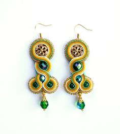 Hey, I found this really awesome Etsy listing at http://www.etsy.com/pt/listing/155508652/statement-earrings-summer-meadow