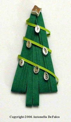 Quilling, Art and Expression: On the 14th Day of Quilling - Spreuer Tree