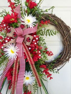 Lady Bug Round Summer or Spring Grapevine Wreath Optional Matching Garden Flag Summer Door Wreaths, Easter Wreaths, Holiday Wreaths, Spring Wreaths, Wreath Crafts, Wreath Ideas, Deco Mesh Wreaths, Yarn Wreaths, Floral Wreaths