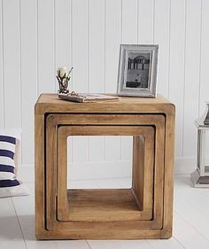 38 Best Wooden Furniture Design Ideas To Decorate Your Home - If you're looking for new furniture for your home, then you're probably considering wooden furniture, such as dining sets, beds, and wardrobes. Trendy Furniture, Wooden Furniture, Furniture Projects, Table Furniture, Furniture Makeover, Furniture Decor, Living Room Furniture, Furniture Design, Furniture Storage