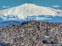 Gangi, Palermo Italia. Mt Etna.