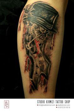 Skull & guitar tattoo #skull #skulltattoo #dovme #kurukafa #kurukafadovme