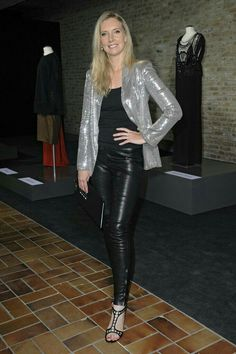 Cool German Blonde in Hot Leather Confident Woman, Leggings Are Not Pants, Leggings Fashion, Leather Fashion, Business Women, Leather Pants, Casual Outfits, Skinny, Sexy