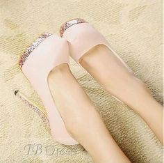 Lovely Light Pink Closed-toe Prom Shoes. Absolutely gorgeous