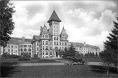 Fergus Falls Regional Treatment Center, a closed insane asylum that we knew as the state hospital. This relic of the psychiatric profession is slated for redevelopment into restaurants, housing, and a hotel and spa! I'll be sticking with the AmericInn. #fergusfalls
