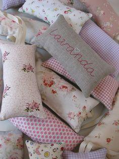 bolsitas de lavanda para regalar by orsy, via Flickr