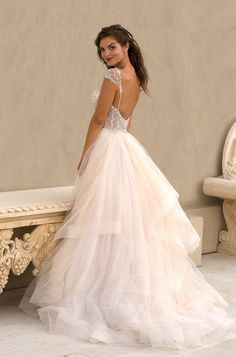 Glamorous Wedding Dresses with Couture Details | Glamorous Wedding Dresses, Couture Details and Glamorous Wedding