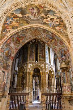 Interior del Convento de Cristo, edificación católica de Tomar, Portugal, construida en el siglo XII