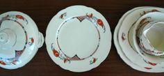 Decorative Plates, Retro, Tableware, Home Decor, Dinnerware, Decoration Home, Room Decor, Tablewares, Retro Illustration