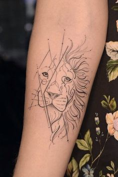 ideas tattoo ideas female small ears zodiac signs Speaking of ornaments, it is possible Leo Tattoos, Cute Tattoos, Body Art Tattoos, Hand Tattoos, Tribal Tattoos, Sleeve Tattoos, Leo Zodiac Tattoos, Tatoos, Small Lion Tattoo For Women