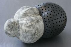 black and white - Daphne Corregan - ceramic - sculpture