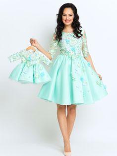 Seturi mama-fiica - Hira Design - Handmade Romania Girls Dresses, Flower Girl Dresses, Romania, Wedding Dresses, Green, Flowers, Handmade, Design, Fashion