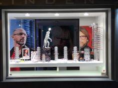 Onze brillen etalage is volledig vernieuwd met nieuwe modellen van Face à Face, Dior, Silhouette, Blac Carbon Fibre brillen, Gucci, Starck Eyes, Tom Ford, Rayban, Kinto enz.... #shopwindow #face a face #eyewear #windowdisplay #zichtmeting #OOGTEST #oogonderzoek #brillen #lunettes #eyewear #eyeglasses http://www.optiekvanderlinden.be/zichtmeting.html http://www.optiekvanderlinden.be