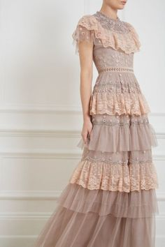 Cinderella Gown in Dusk Rose from Needle & Thread Source by dresses Elegant Dresses, Pretty Dresses, Sexy Dresses, Beautiful Dresses, Vintage Dresses, Evening Dresses, Fashion Dresses, Summer Dresses, Awesome Dresses