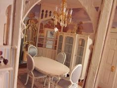 A Pretty Little Dining Room!