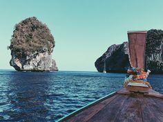 Thailand mood #thailand #wild #mood #sea #beach #landscape #krabi #intothewild #onthetoad #backpack #backpackers #travel #trip #travel #thailand #adventure #viaggio #thailandia #avventura #natura #selvaggia #travelblogger #nomadedigitale #digitalnomad Thailand Travel, Thailand Adventure, Krabi, Digital Nomad, The 4, Beach Landscape, Travel Trip, Instagram Posts, Backpack