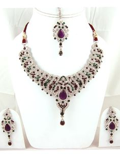 Latest Indian Wedding Jewelry Sets and Designs For Brides Top