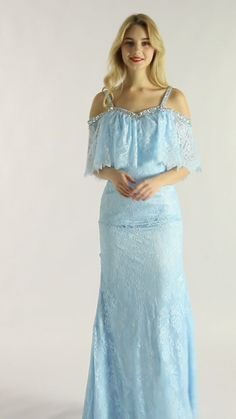 Sky Blue Susie's design is very novel, its sleeves are very ingenious, it is very perfect for autumn and winter parties, you can easily attract others' attention with it. Mermaid Skirt, Mermaid Prom Dresses, Beautiful Prom Dresses, Elegant Dresses, Dress Skirt, Lace Dress, Lace Bridesmaid Dresses, Sexy Gif, Beauty Girls