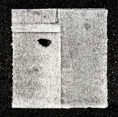 Anachropsy - photography: one-eyed square