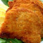 This schnitzel mix has a mixture of bread crumbs as well as flakes of corn flakes as a base. The mix has an aromatic smell of mild chilli, cumin, garlic and oregano, well suited mixture for all types of protein except lamb. For the full recipe visit www.theflavourlab.com #theflavourlab