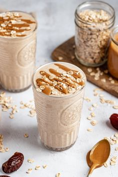 Deliciously creamy peanut butter oatmeal cookie shake made with no banana in just 10 minutes! This healthy, vegan oatmeal cookie shake is naturally sweetened with Medjool dates and packs in sneaky veggies from cauliflower. Options to add your favorite protein powder and other delicious mix-ins. #oatmeal #peanutbutter #smoothie #shake #breakfast #vegan #dairyfree #glutenfree #healthysnack #cauliflower