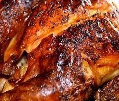 Frango Especial de Natal é uma receita econômica e rápida de um substituto para o Peru na ceia de Natal. Um frango com um sabor todo especial e carne macia e suculenta. Nesta receita o frango é marinado em uma mistura especial; assado e dourado com manteiga e mel... O sabor é único...