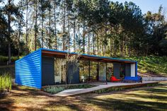 Diseño de casa pequeña moderna, fachadas y planos | Construye Hogar
