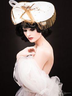 Where Professional Models Meet Model Photographers - ModelMayhem