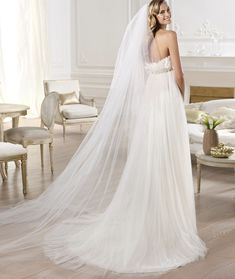 Style Guide: How to Choose the Best Wedding Dress Silhouette for Your Body Type. To see more: http://www.modwedding.com/2014/02/07/style-guide-choose-best-wedding-dress-silhouette-body-type/ #wedding #weddings #fashion