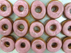 Koulumunkki | Ossin Pulla Oy Doughnut, Desserts, Food, Tailgate Desserts, Deserts, Eten, Postres, Dessert, Meals
