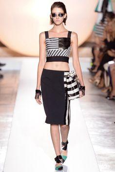 Roland Mouret - Spring/Summer 2014 Paris Fashion Week